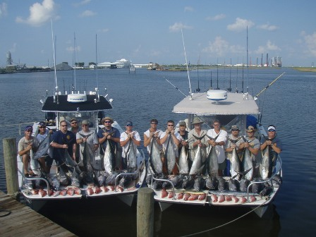 Tuna fishing charters grand isle port fourchon venice for Tuna fishing boats